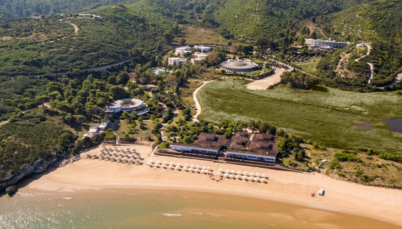 Un Resort, 3 Hotel